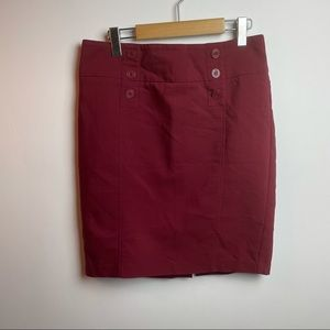 DYNAMITE RED SKIRT Size 11